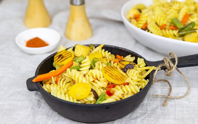Макароны с замороженными овощами — простой рецепт быстрого гарнира.