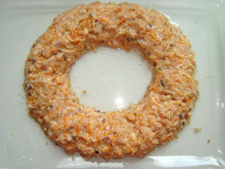 кольцо мясного пирога