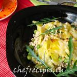 Запеченный картофель с горошком