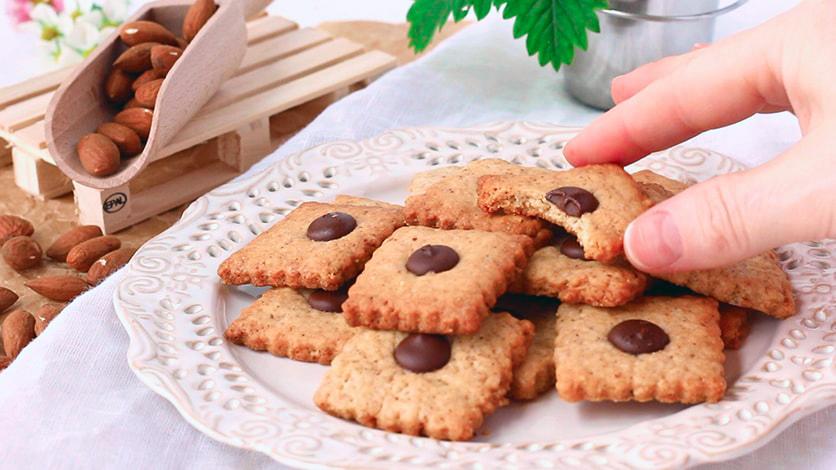 Миндальное печенье по оригинальному рецепту. Готовьте сразу много.